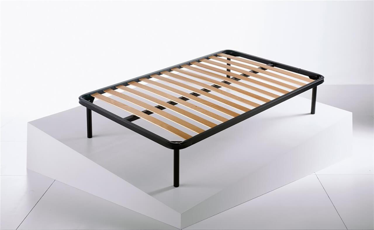 Rete letto a doghe in legno di faggio con struttura - Letto di legno ...