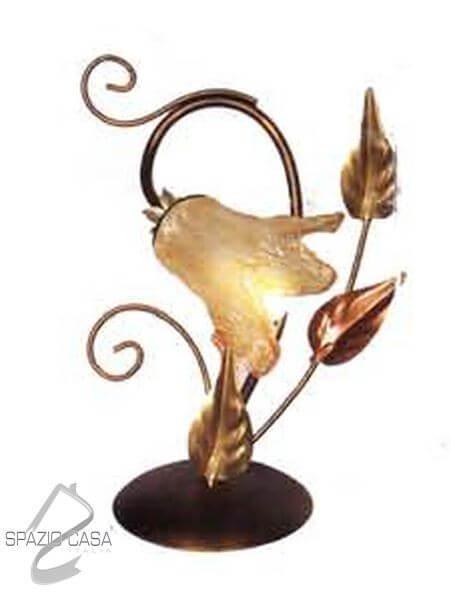 Lampade Da Tavolo Ferro Battuto : Lume fiore in ferro battuto luce