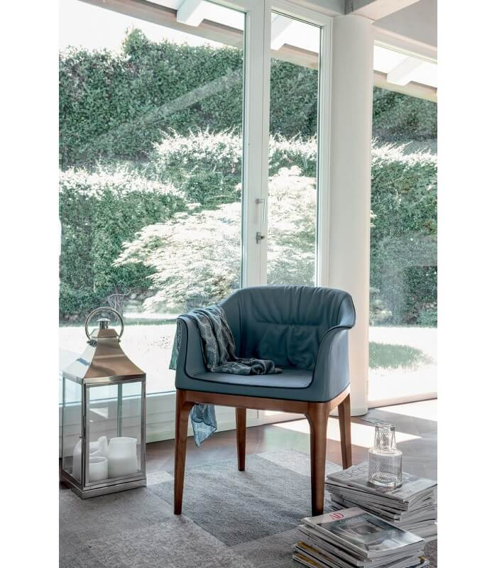 Poltroncina sedia moderna di design mivida tonin casa for Miglior design di casa moderna
