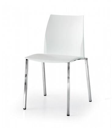 Sedia moderna con telaio in acciaio cromato e seduta in poliuretano