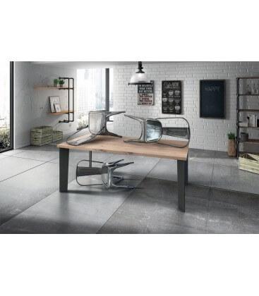 Tavolo moderno in rovere