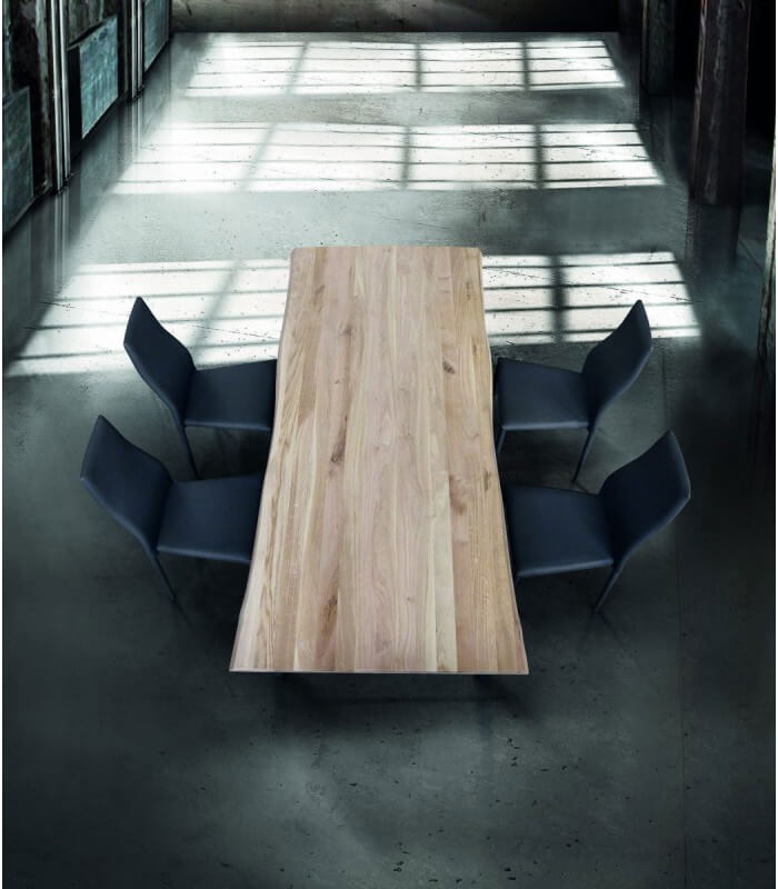 Tavolo moderno in legno massello nodo aperto - Spazio Casa