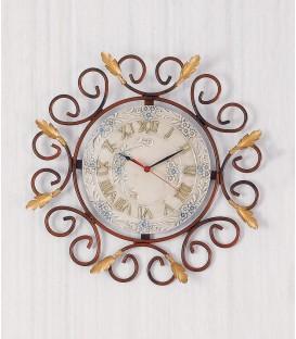Orologio tondo C55 in ferro battuto e ceramica
