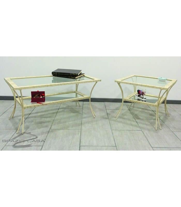 tavolino-da-salotto-in-legno-con-piedi-in-ferro-e-ripiani-in-vetro.jpg
