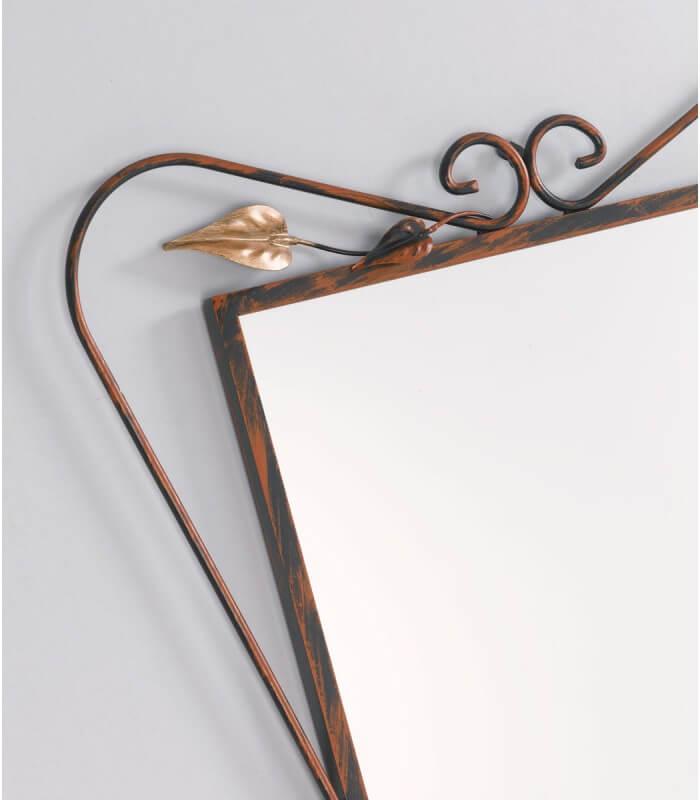 Specchio da parete con foglie in ferro battuto for Specchio da terra ferro battuto