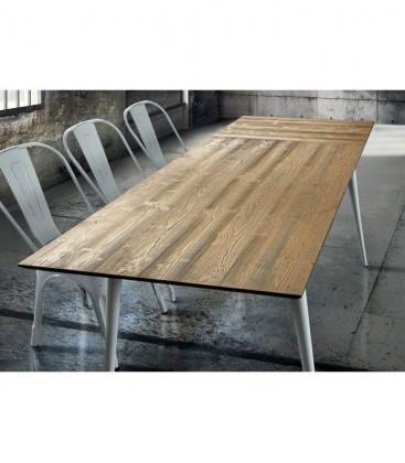 Tavolo con allunga posizionata