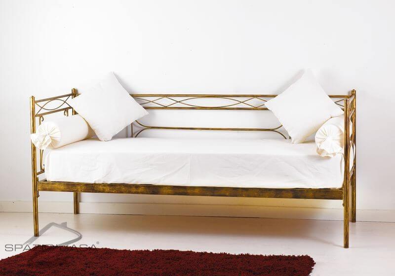 Divano letto in ferro battuto penelope for Divani in ferro battuto
