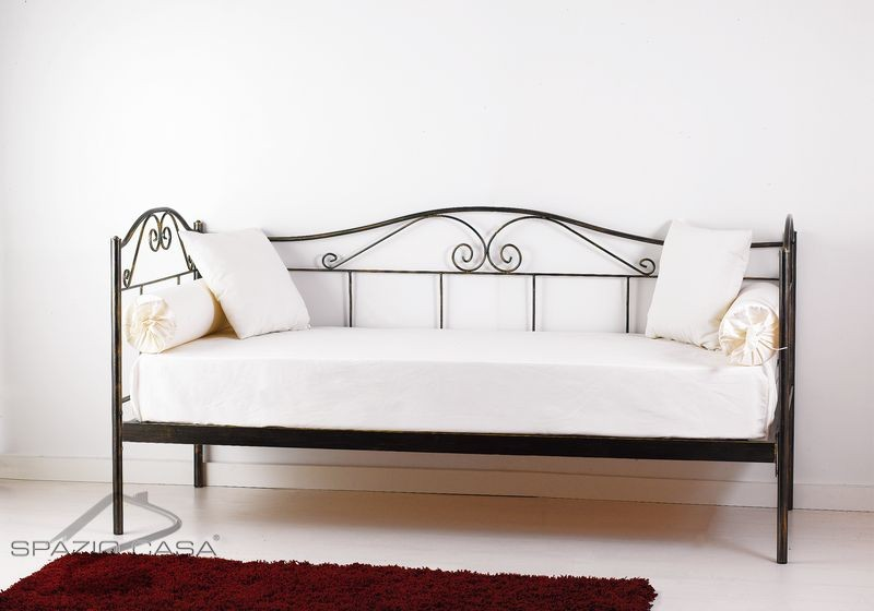 Divano letto in ferro battuto lola - Divano letto doghe in legno ...