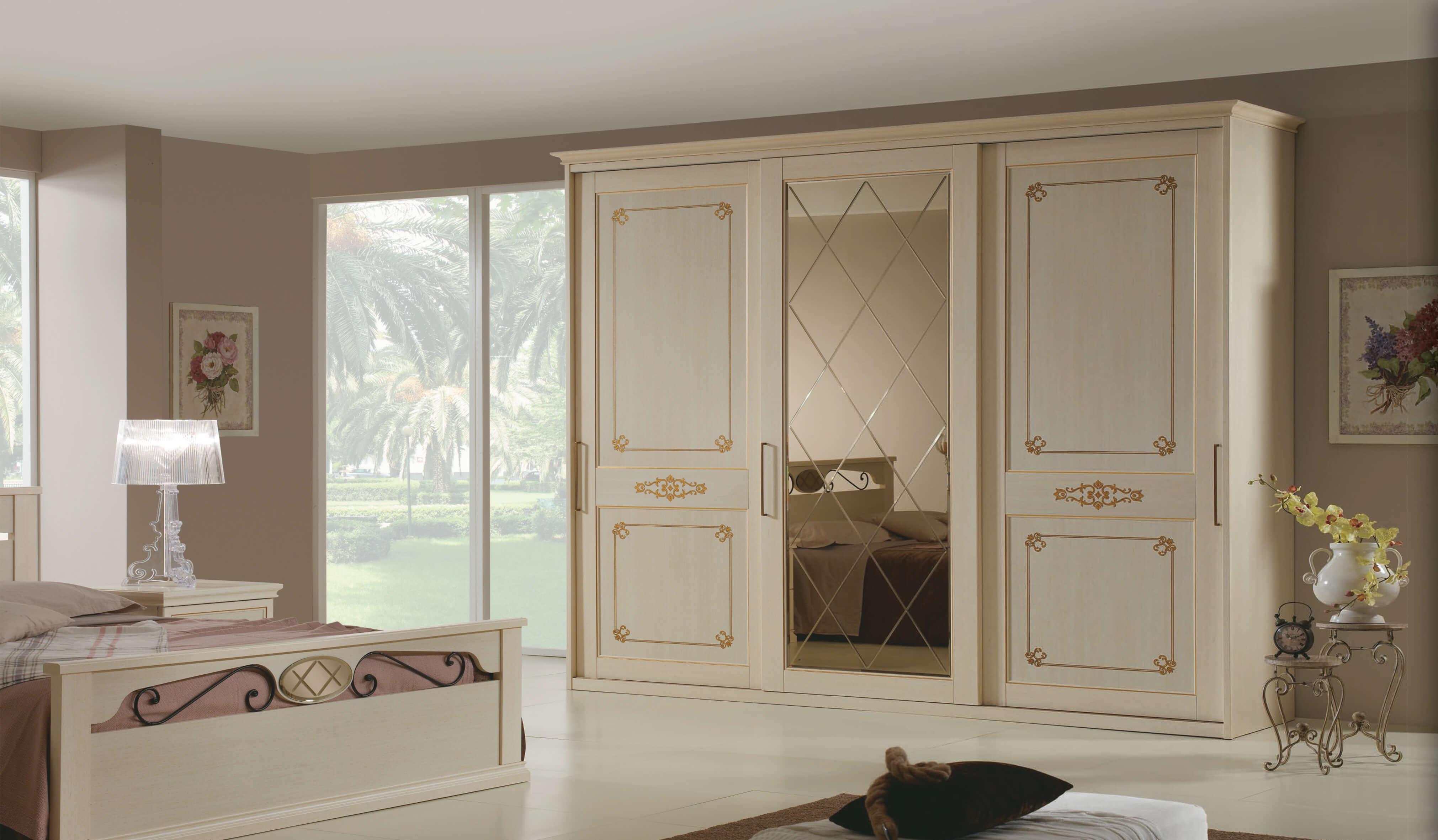 Emejing armadio camera da letto ante scorrevoli photos for Armadi per camere da letto