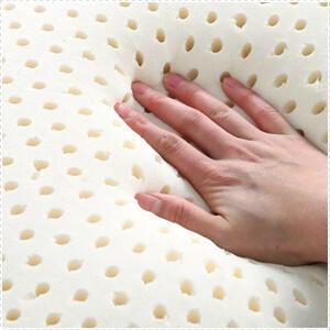 dettaglio cuscino lattice morbido