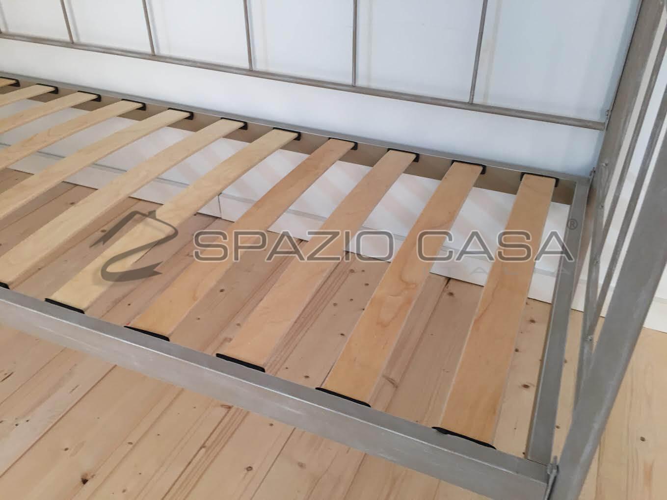 Dettaglio rete a doghe divano letto ferro battuto